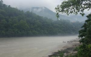 rishikesh ganga monsoon